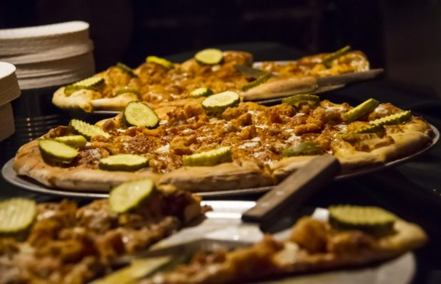 Hot Chicken Takeover Mikeys Late Night Slice Team Up For Local
